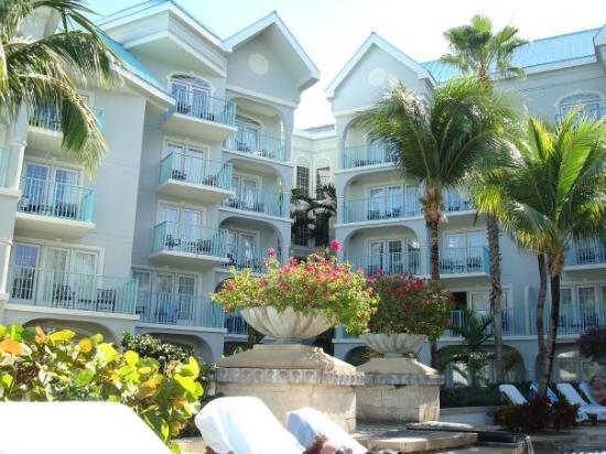 The Westin Grand Cayman Seven Mile Beach Resort & Spa: We stayed at the Westin Casuarina on Seven Mile Beach