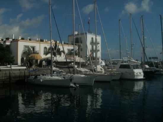 Puerto de mog n gran canaria espa a photo de puerto - Pension eva puerto de mogan ...