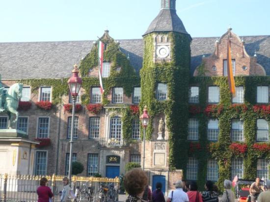 Vieille ville (Altstadt) : Municipality Alt Stadt