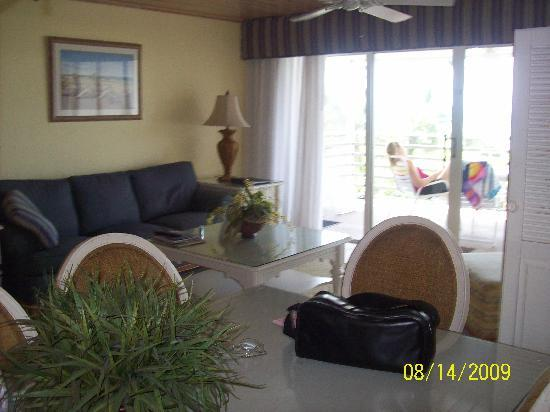 Hurricane House Resort: Living room area