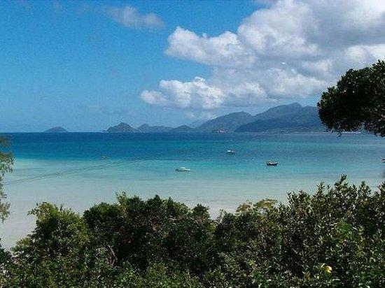 Baie Lazare, Seychellen: anse la mounche, Mahe - seychelles -