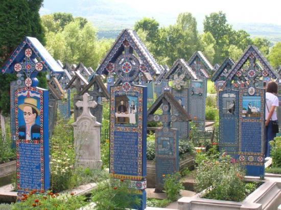 Merry Cemetery: Heppy Cemetery, Sighetu Marmatiei