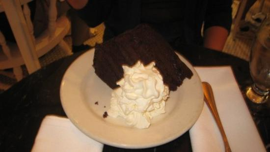 Serendipity 3: Serendipity's death by chocolate cake