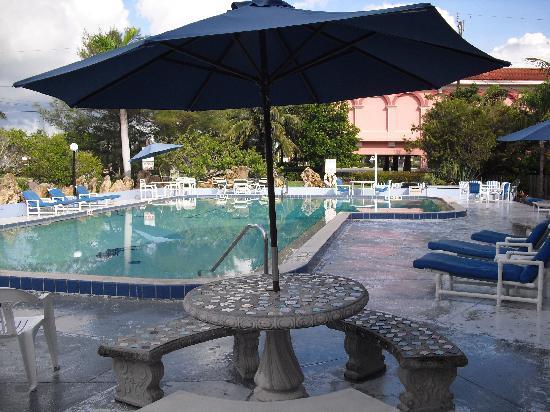 Dolphin Inn Pool