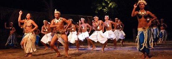 โมโอเรอา, เฟรนช์โปลินีเซีย: Tiki Village Show, Moorea, Tahiti 2002