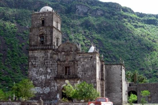 Loreto, México: Built in 1700 (or close) with stones brought by donkeys