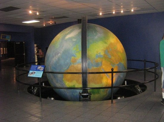 Patricia and Phillip Frost Museum of Science : Vestíbulo del Miami Museum of Science & Planetarium!!