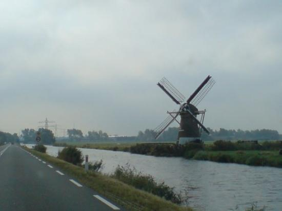 Noordwijk, The Netherlands: ne Windmühle in holland.. ich werd bekloppt ;)