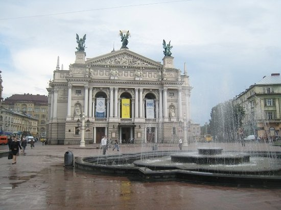 ‪Lviv Theater of Opera and Ballet‬