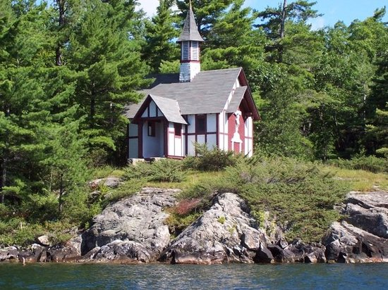 Lago George, Nova York: Chapel of Isaac Jogues, Hecker Island (Lake George, NY)