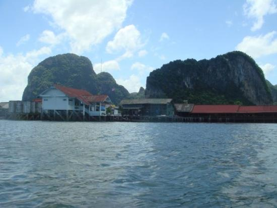 Muslim Fishing Village 3 - Picture of Koh Panyi (Floating Muslim Village), Kr...
