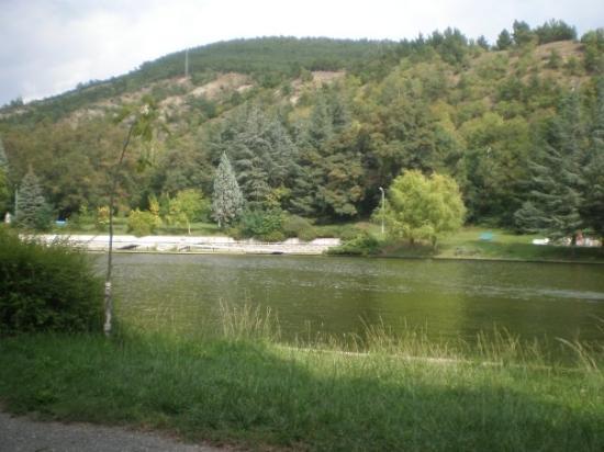 Sandanski, บัลแกเรีย: В парка около езерото в Сандански