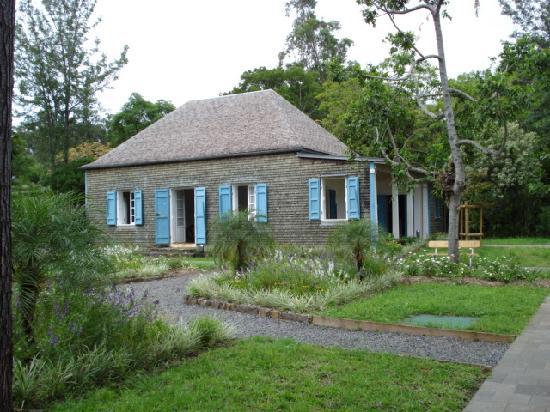 Saint-Gilles-Les-Bains, Pulau Reunion: Une maison créole sur les hauteurs