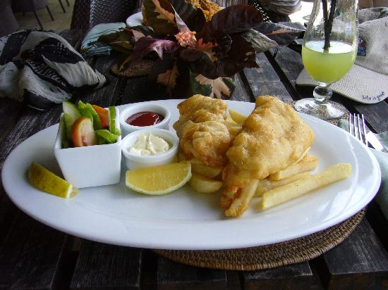 Rapae Bay: Pacific Resort, Aitutaki - Fish & Chips