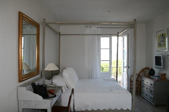 Pastis Hotel St Tropez: bedrroom
