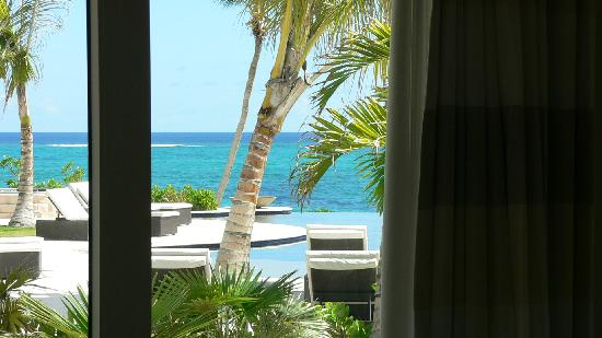 Sky Beach Club : Another view from inside Bungalow