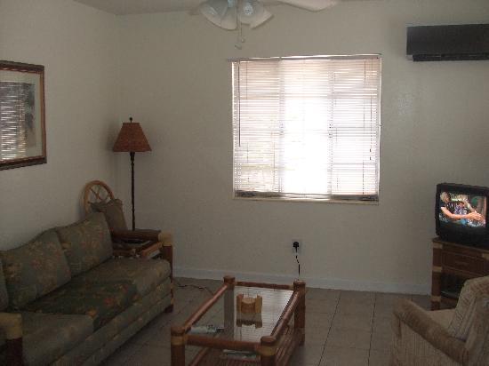 Gulf Tides Inn: Lounge area