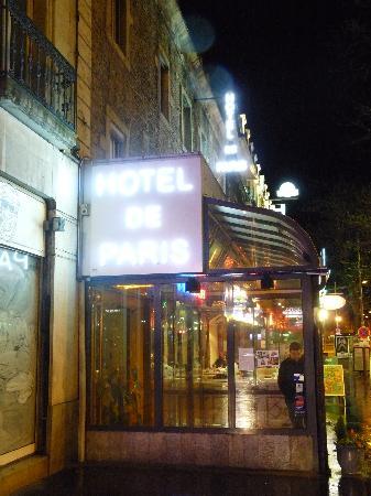 Hotel De Paris Dijon : Der Eingang des Hotels - nett :)