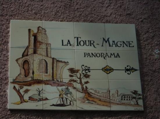 Foto de tour magne n mes tour magne tripadvisor for Au jardin de la tour