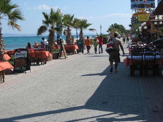 Hotel Aeollos: the beachfront