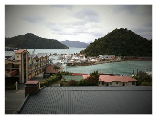 Harbour View Motel Picton: View from Sea View room we stayed in.