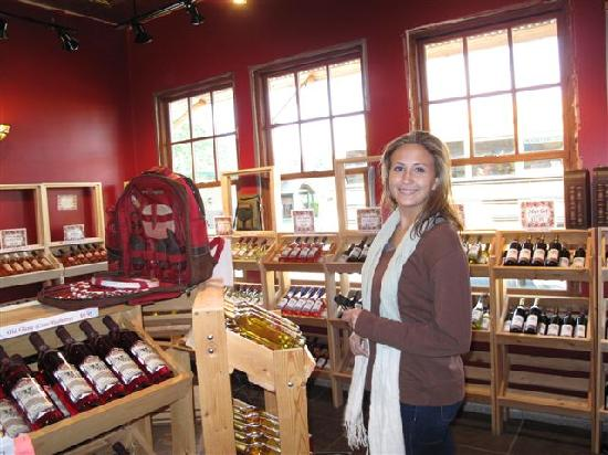 Foto de Three Lakes Winery