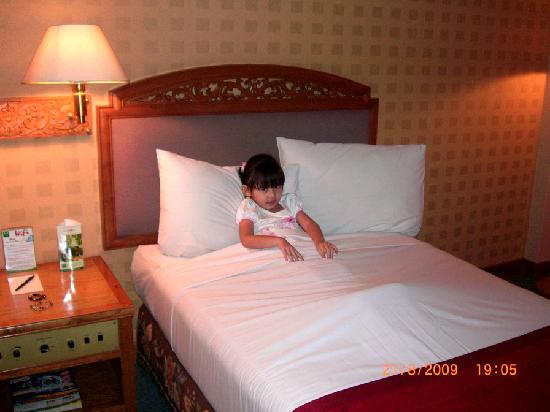 Grand Quality (GQ) Yogyakarta : Room Hotel
