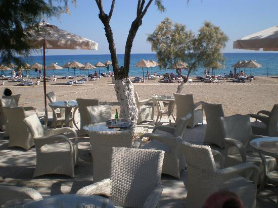 Blue Sea Beach Resort: terrasse plage