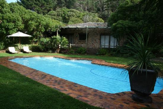 The Tarragon : pool
