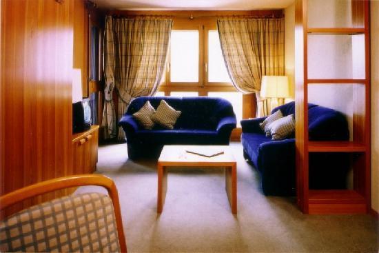 Hotel Ambassador : Wohnzimmer einer Suite
