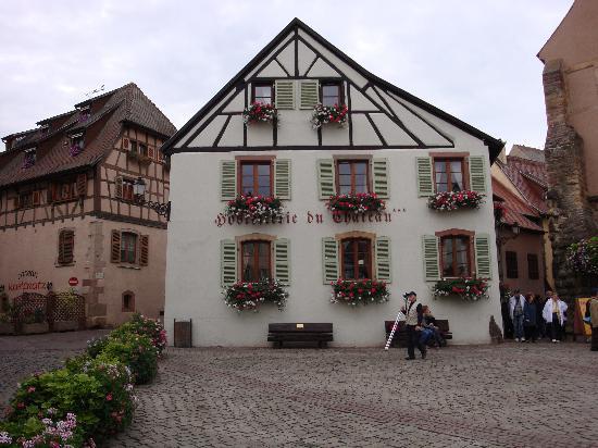 Hostellerie du Chateau : The Hotel Exterior