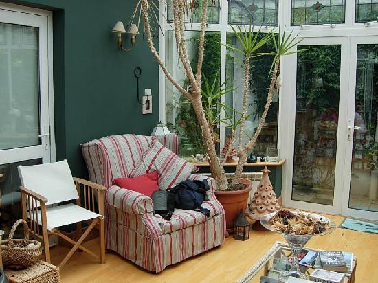 Tinode House: Giardino d'inverno