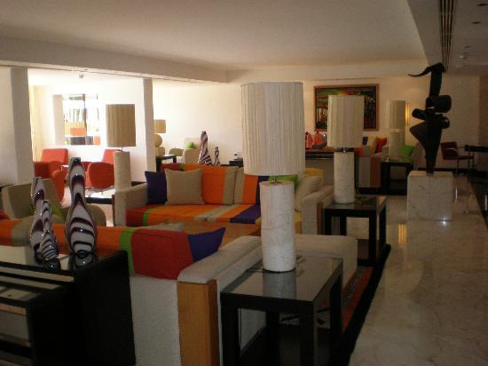 Seaside Palm Beach: Trendy lounge