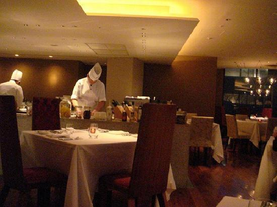 Hyatt Regency Hakone Resort and Spa: Dinner at French restaurant.