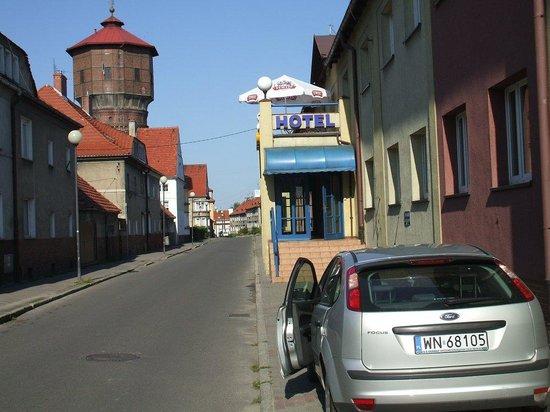 Glubczyce, Poland: Hotel Seitenansicht
