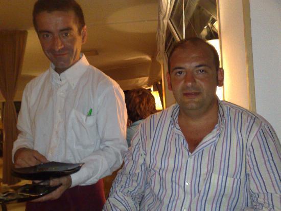 Piccolo Mondo : L'ottimo cameriere Antonio