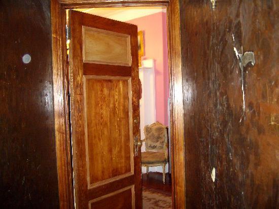 Tony's Place Bed and Breakfast: il corridoio