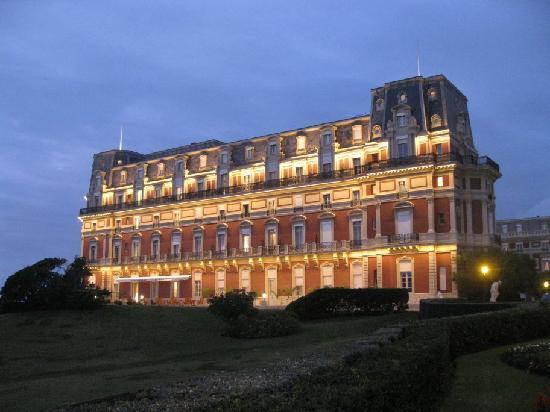 Petit d jeuner de la rotonde picture of hotel du palais - Prix chambre hotel du palais biarritz ...