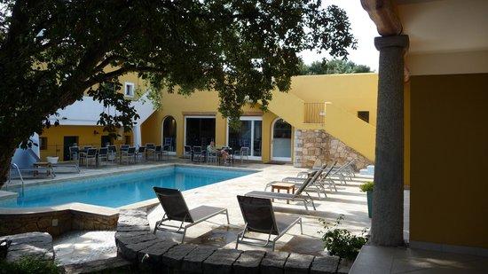 Papillo Hotels & Resorts Borgo Antico : Innenhof Pool