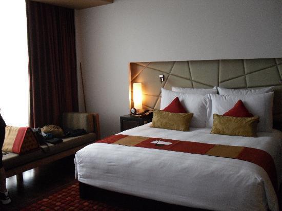 lit king size haut images. Black Bedroom Furniture Sets. Home Design Ideas