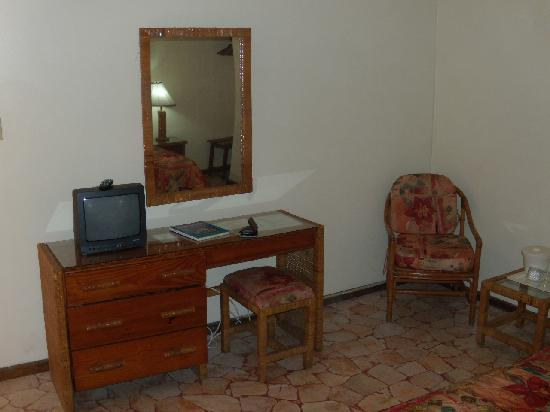 Toby's Resort: Hotel Room