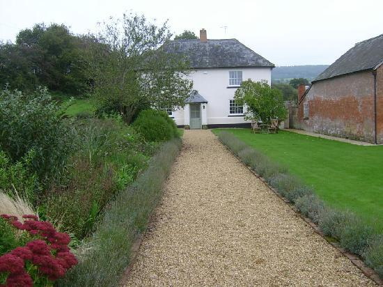 Lancercombe Farm - Bed & Breakfast: House
