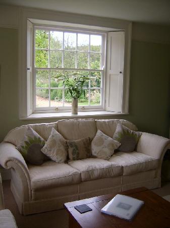 Lancercombe Farm - Bed & Breakfast: Living Room