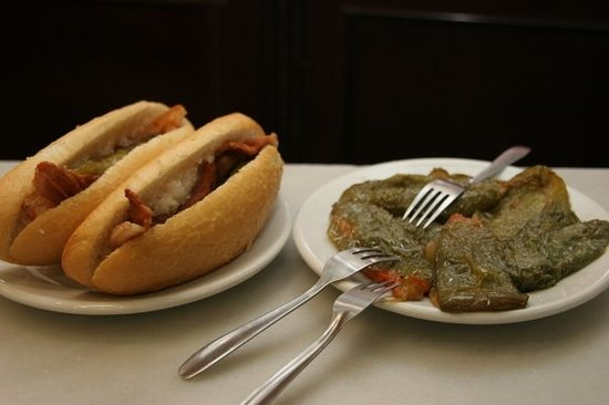 Canas y Tapas: Sandwich of panceta with a side dish of fry green paper.Yammy