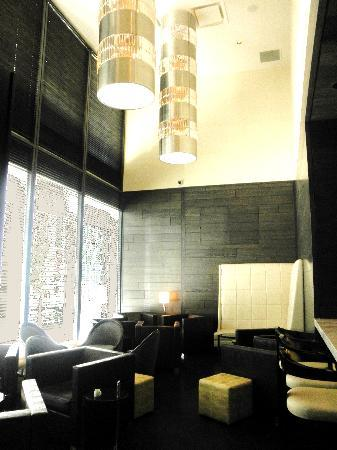 Loden Hotel: Bar Area