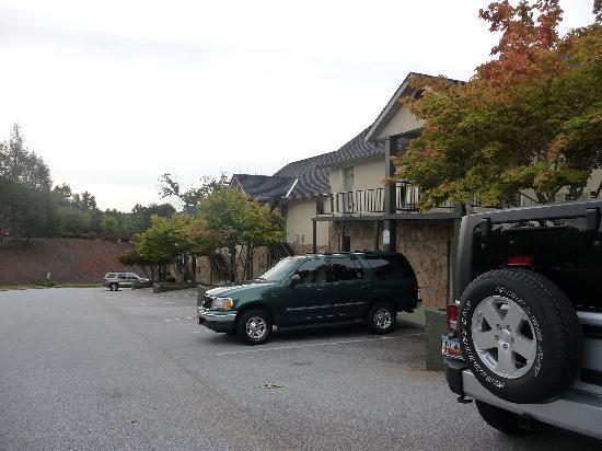 Kingwood Country Club & Resort: Outside Hotel