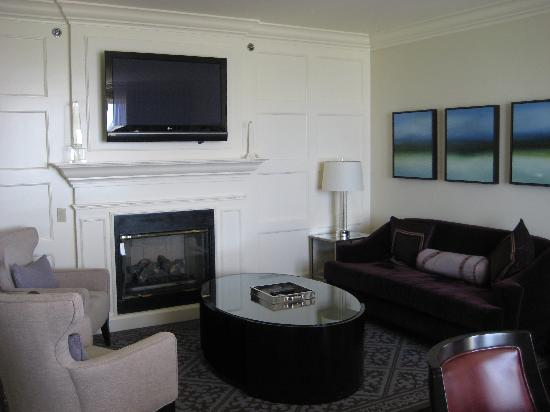 The Ritz Carlton, Half Moon Bay: Luxury Suite Living Area