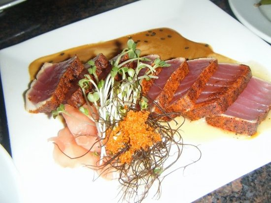 Roy's Poipu Bar & Grill: Blackened Ahi