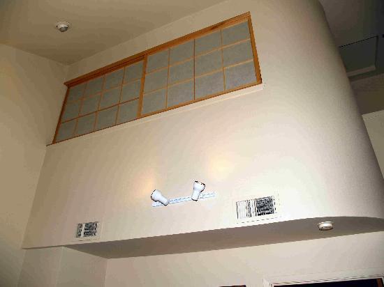 هوثورن سويتس باي ويندام سياتل ساوث/كنت: High ceilings