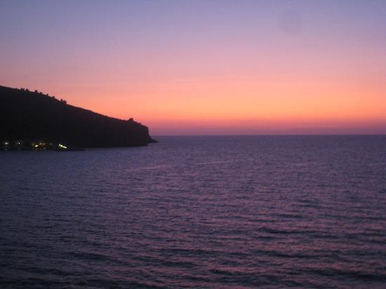 Albergo Miramare: coucher du soleil vue de la chambre